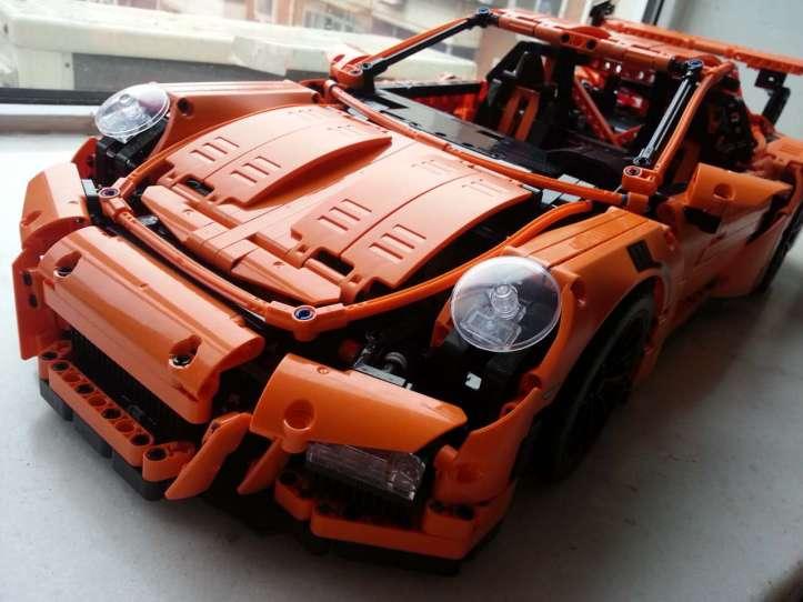 Lepin 20001 Porsche 911 GT3 RS Bootleg of Lego 42056