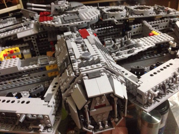 Lepin 05033 UCS Millenium Falcon Fake of Lego 10179