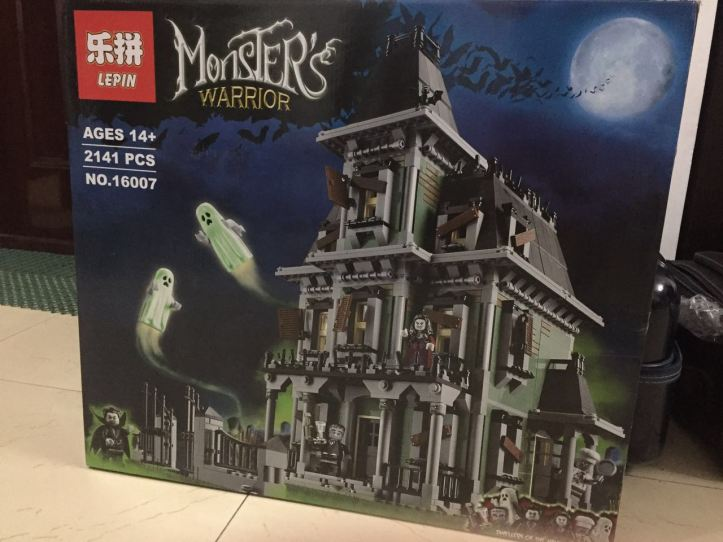 Box of Lepin 16007 Haunted House
