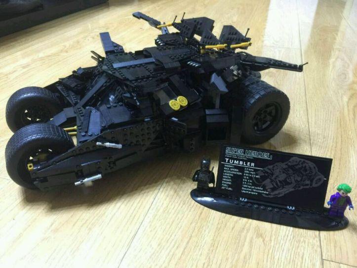 Decool 7111 Batman Tumbler Lego UCS 76023