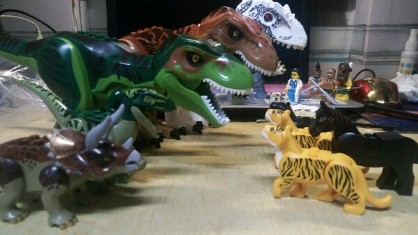 YG Dinosaur vs Pogo Tigers