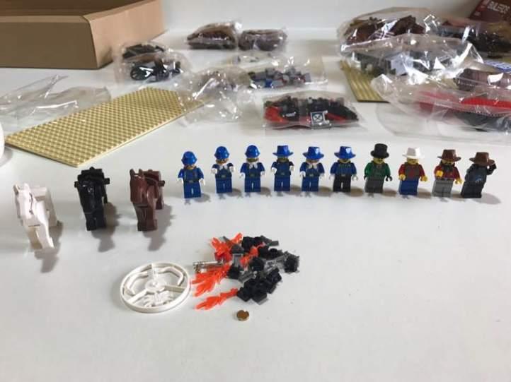 Lepin 33001 Fort Legoredo minifigures